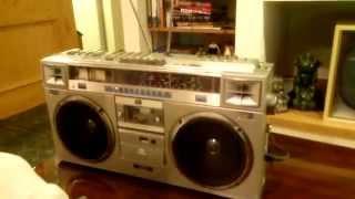 Vintage JVC RC-M70JW Boom box Ghetto Blaster Tape Player Radio