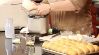 How To Make Yeast Dough Dinner Rolls In 12 Steps : Fun Home Cooking Tips