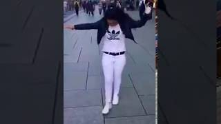 بنت ترقص في الشارع امام الناس علي اعنية ميدو بل حبيب 2019