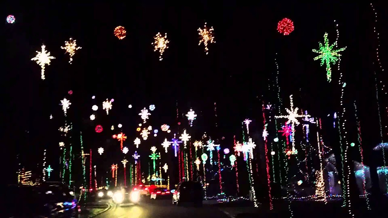 Girvin Road Xmas lights - YouTube