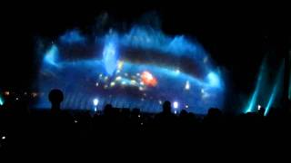 Repeat youtube video World of Color Part2: Finding Nimo and Wall-E