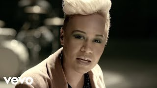 Repeat youtube video Emeli Sandé - Next To Me