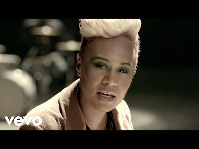 Emeli Sandé - Next To Me (Official Music Video)