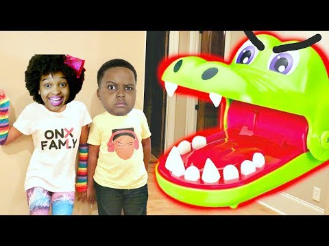 CROCODILE DENTIST vs Shiloh and Shasha - Onyx Kids