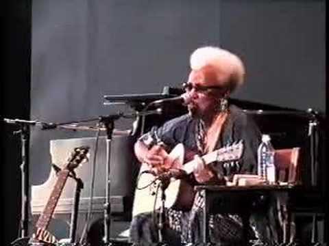 Gaye Adegbalola Solo : Deja Vu Blues