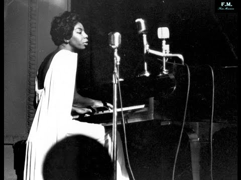 Nina Simone - Feeling Good -Legendado [PT-BR]