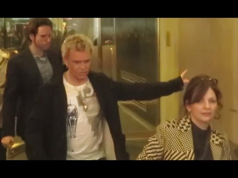 Billy Idol not stopping for fans after promoting autobiography Dancing With Myself & tour Today Show
