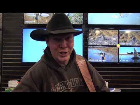 SHOT SHOW!! FUNNY HUNTING SONG!! KEVIN WELDON!! MOJO!!!