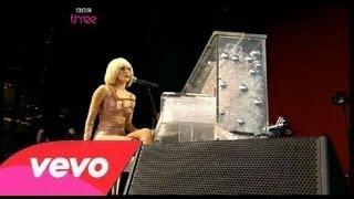 Lady Gaga - Poker Face (Glastonbury Festival 2009) Part 4/4