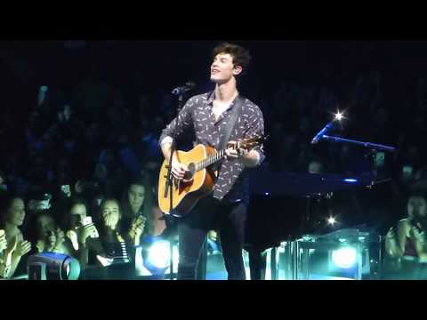 Free download lagu Mp3 Shawn Mendes singing Patience - ZingLagu.Com