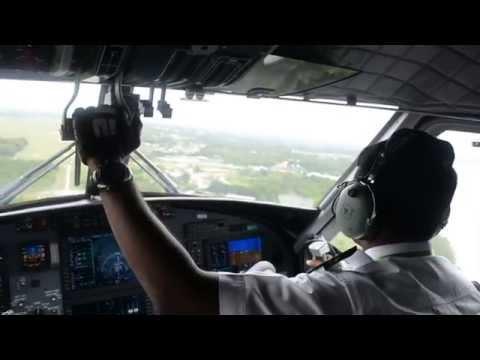 MASWings DHC-6 Viking Landing in Sandakan(Cockpit View)