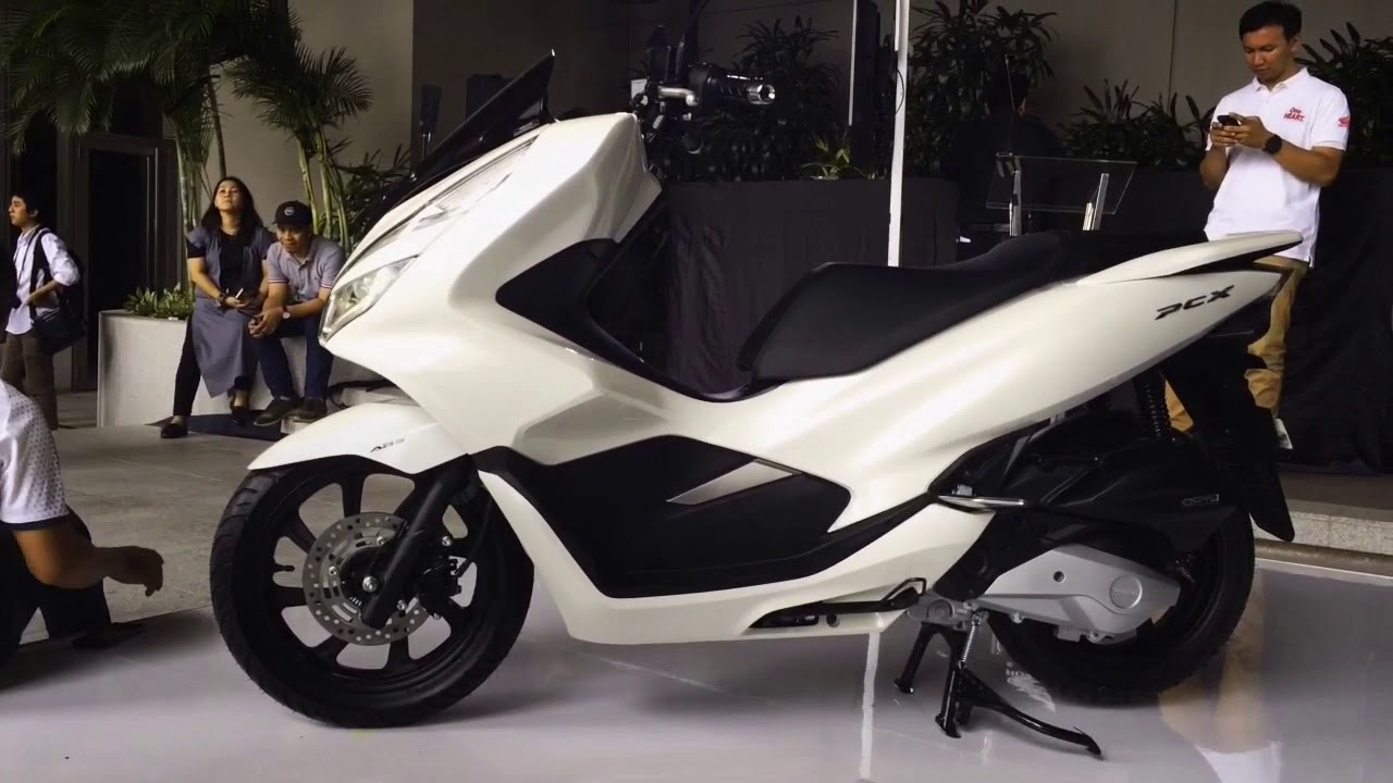 ABS White All New Honda PCX 150 2018 - YouTube