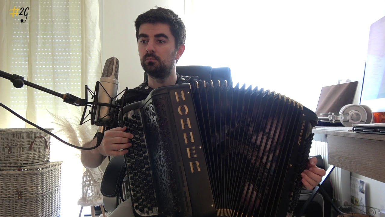 Apprendre l'accordéon 6 - Cours 4 : La position et le soufflet