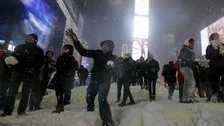 """For more WORLD NEWS """"SUBSCRIBE"""" US NEW YORK: An otherworldly quiet ..."""