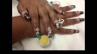 Bella Beauty College: Chic Floral Nail Art Thumbnail