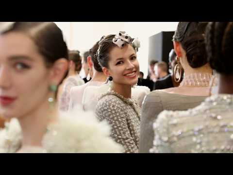Giorgio Armani Privé FW 2019 – 2020 fashion show – Backstage Video