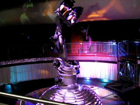 danse avec les robots futuroscope de poitiers youtube. Black Bedroom Furniture Sets. Home Design Ideas