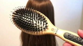 Aitoharjaksinen hiusharja nailonpiikeillä