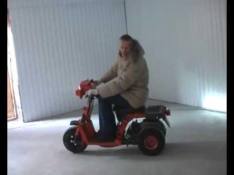 Скутер HATTORI (реплика HONDA ZOOMER ) - YouTube