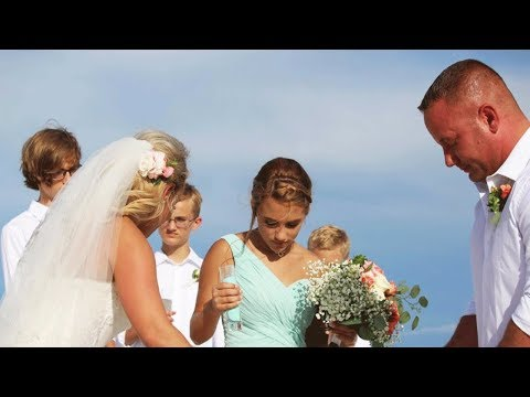 Жених сбежал со свадьбы и этот поступок сделал его настоящим героем