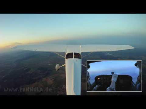 Flug mit dem Cessna Flugzeug - Cessna Aircraft Motor Flying