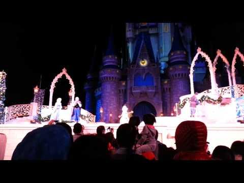 A Frozen Holiday Wish: Walt Disney World