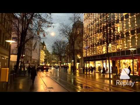 CHRISTMAS IN ZURICH'S SHOPPING DISTRICT