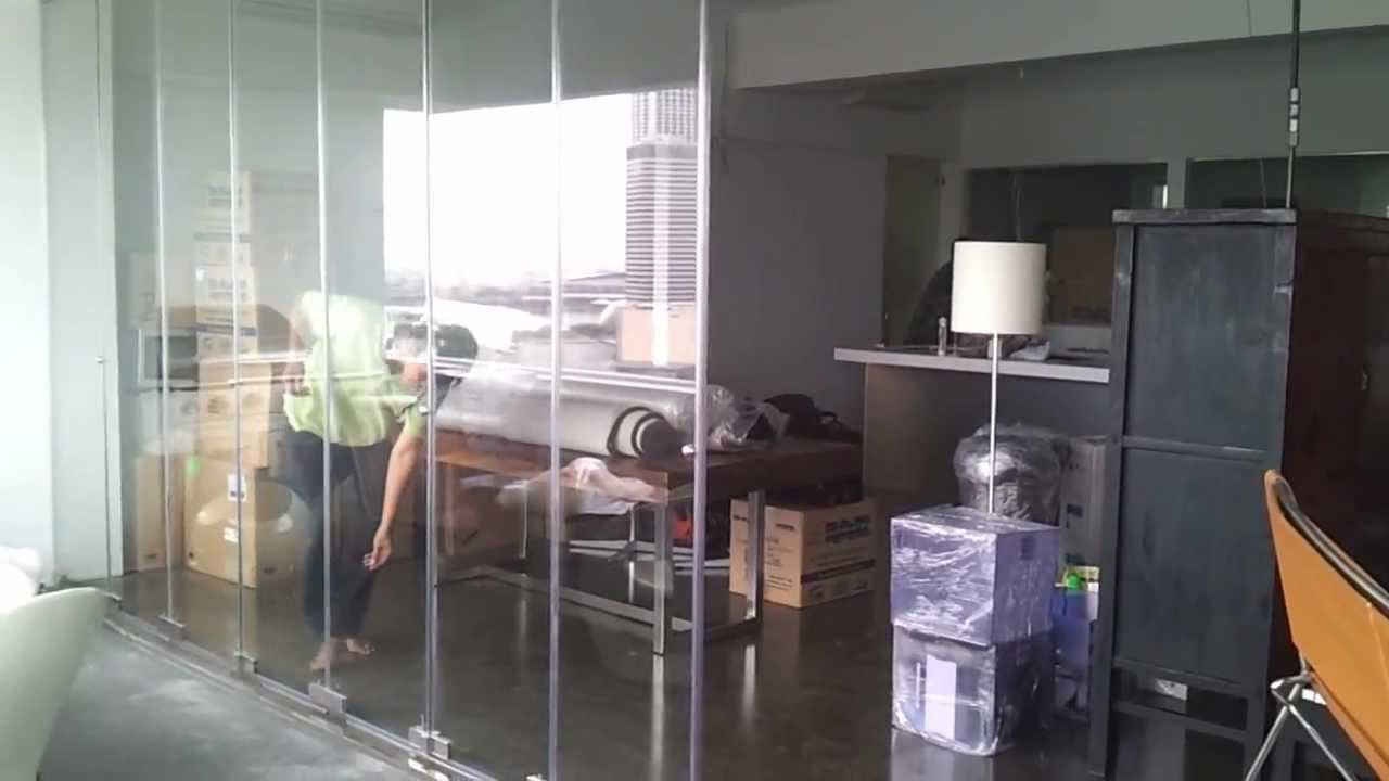 Frameless door closing demostration video in singapore for Balcony ideas singapore