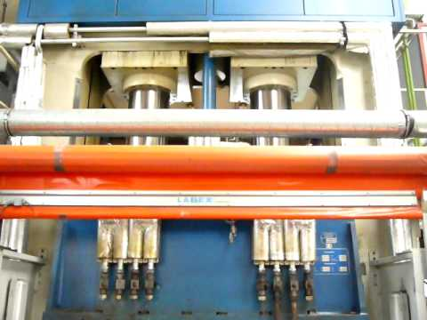 Dieffenbacher Double Column Press