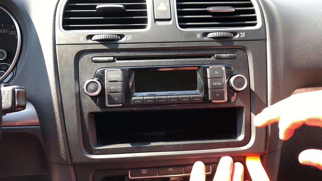 d montage autoradio volkswagen golf 6 vw golf 6 radio removal youtube. Black Bedroom Furniture Sets. Home Design Ideas