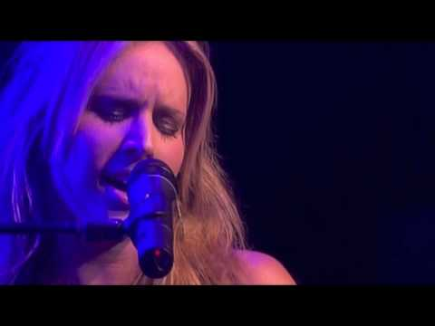 Lucie Silvas - Nothing Else Matters (Live at Paradiso)