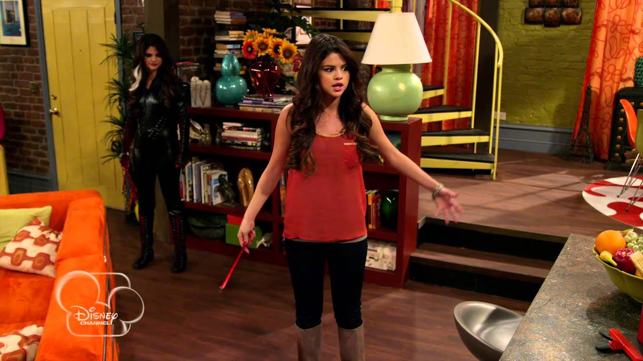 les sorciers de waverly place alex vs alex