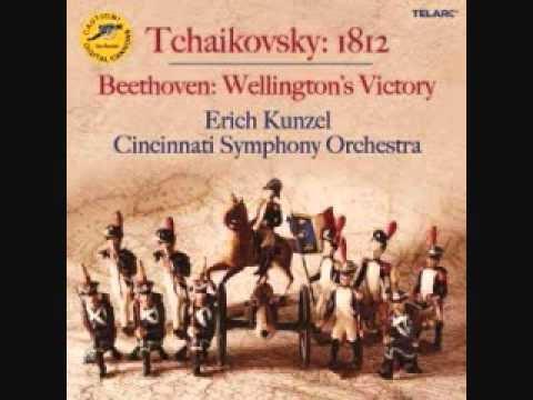 Tchaikovsky's 1812 Overture, Op. 49 - TELARC Edition - WARNING! Digitally Recorded LIVE Cannons!