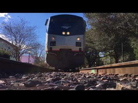 FAST  AMTRAK TRAINS !!