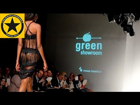 Green Showroom BERLIN FASHION WEEK Heart Couture