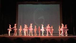 Ballet studio Grande. Mice dance