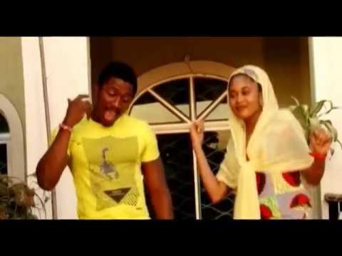 Insaan waka mai sona (Hausa Songs / Hausa Films)
