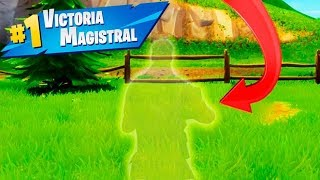 TROLEANDO A MIS AMIGOS SOY INVISIBLE !! EPIC TROLL Makigames