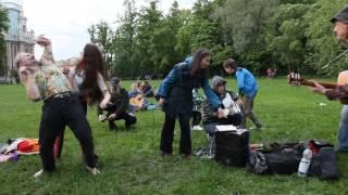 Скачать День Хиппи в Царицыно 1 июня 2017