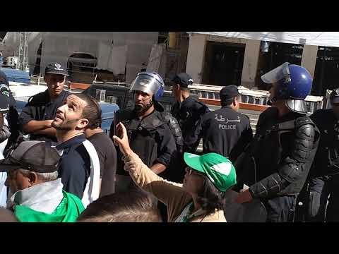 قانون المحروقات يخرج الجزائريين إلى الشارع من جديد.. ويحاصرون مقر البرلمان