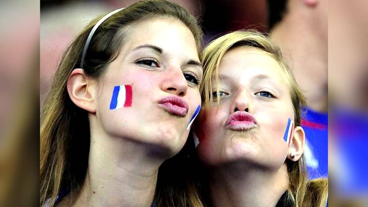 524a5803581 Beautiful French football (soccer) fans - Team France - YouTube