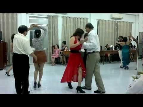 Khieu vu DƯỠNG SINH  - boston - CLB Nhịp sống vui sinh nhật 26/02/2013 Phần 5