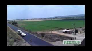 Repeat youtube video Persecución de Hummer H3 desde el helicóptero halcón