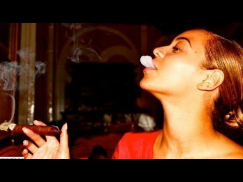 SMOKE SESH WITH HUBBY BEYONCE AND JAY Z