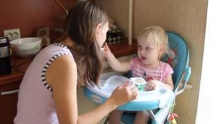 Как едят мамы малышей))