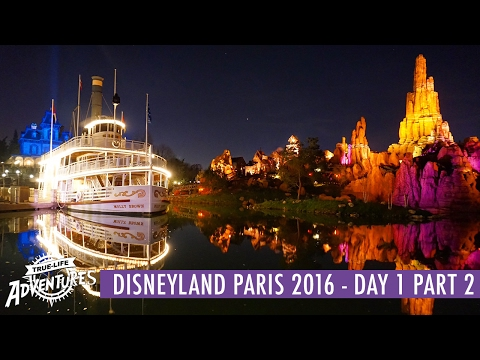 Disneyland Paris December 2016 | Day 1 Part 2 | Alice's Curious Renovations & Christmas Dreams!