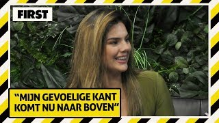 FAMKE LOUISE over 'Ben Je Down' met Jayh | FIRST LIVE