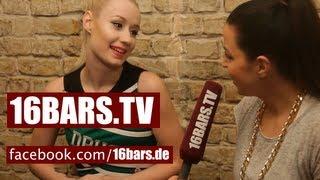 "Iggy Azalea über T.I., Female MCs, 2pac und ""The New Classic"" (16BARS.TV)"