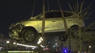 Операция по вызволению автомобиля из Булака(Сегодня автомобиль Хундай вылетел в Булак. Произошло это еще днем на перекрестке улиц Право-Булачная и..., 2017-01-31T15:48:03.000Z)