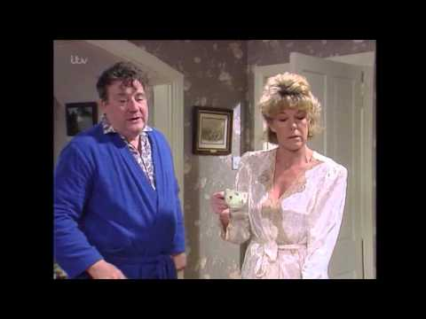 Alf Wants To Celebrate His Victory With Audrey - Coronation Street